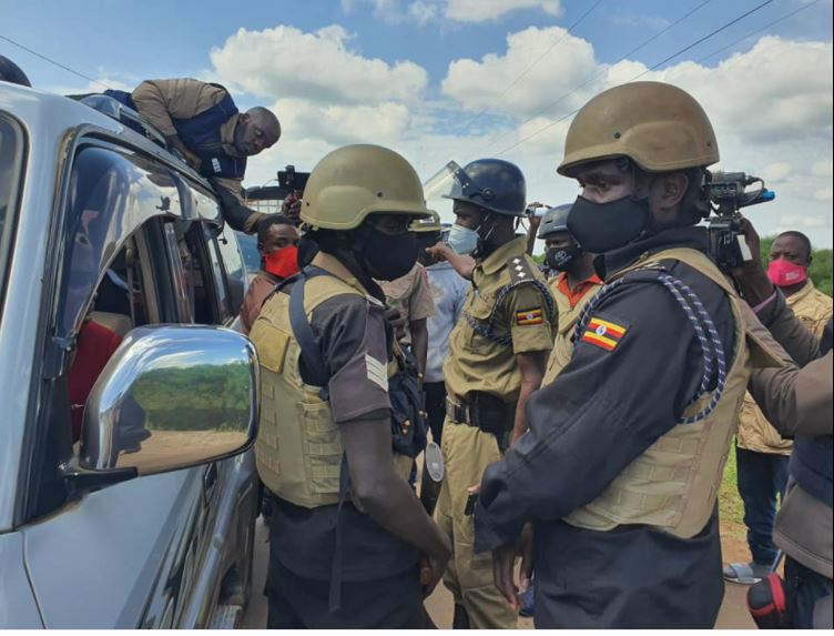 Update: Police Block NUP Candidate Bobi Wine From Entering Namisindwa District