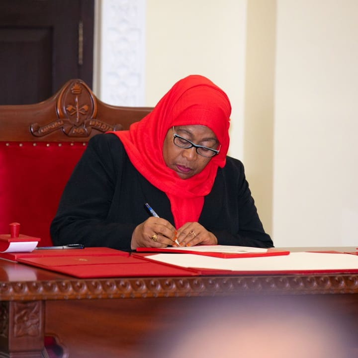 PHOTOS: Here Is The Moment When Samia Suluhu Was Sworn-In As Tanzania's First Female President