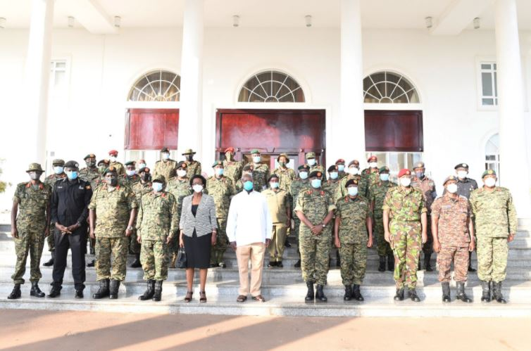 Be Balanced When Criticising The UPDF, Police – Museveni Tells Critics, Warns Foreigners Backing Opposition Politicians