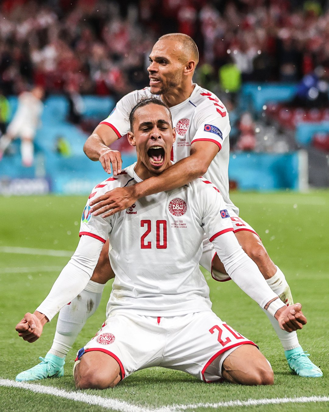 Denmark make it through to the last four after weathering a second-half storm in Baku